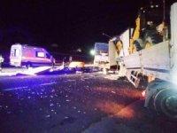 Kulu'da tır ile kamyon çarpıştı: 2 yaralı