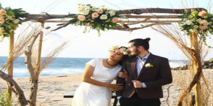 Boğazda Lazerle Evlenme Teklifi