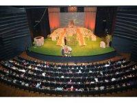 Konya Şehir Tiyatrosu Aralık ayında 6 oyunla izleyicinin karşısına çıkıyor
