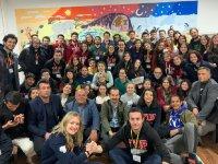 Üniversite Öğrencilerinden Eskil Tosun Yaylası'na Kütüphane