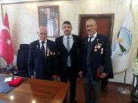 Derebucak'ta Kıbrıs gazilerine madalya