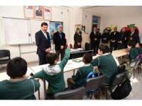 """Başkan Kılca: """"İlçemizdeki eğitimin fiziki ve akademik kalitesine katkı sunuyoruz"""""""