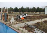 Kontrolden çıkan otomobil bahçeye yuvarlandı: 1 ölü