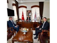 Başkan Çiğdem'den Vali Toprak'a ziyaret