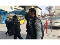 Araçlardan akü çalan baba, oğul ve arkadaşı tutuklandı