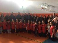 Eşmekaya Ortaokulu Voleybol Takımı Aksaray Şampiyonu Oldu
