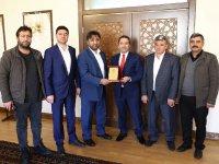 Cengiz İriş ve Dernek Yönetiminden Vali Mantı'ya Ziyaret