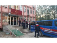 Konya'da uyuşturucuyla yakalanan 2 kişi tutuklandı