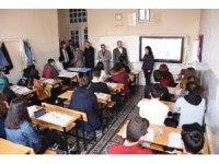 Başkan Altay mezun olduğu lisede anılarını tazeledi