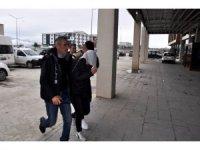 Otobüste 2 yolcu eroinle yakalandı