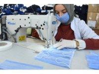 KOMEK günlük 15 bin maske üretiyor