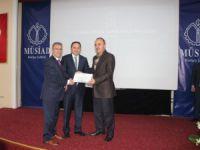 SGK İl Müdürü Murat Mustafa Yavuz'a yılın bürokratı ödülü