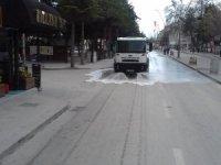 Ereğli'de cadde ve sokaklar dezenfekte ediliyor