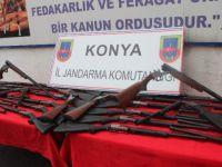 Beyşehir Jandarması 58 Av Tüfeği Ele Geçirildi