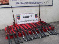 Kargo Araçlarıyla Taşınan Yasa Dışı Üretilen Silahlar Jandarmaya Takıldı