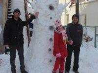 İstif Makinesiyle 3 Metre Boyunda Kardan Adam