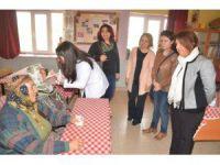 Ereğli'de Kadınlara Diş Taraması Sürüyor