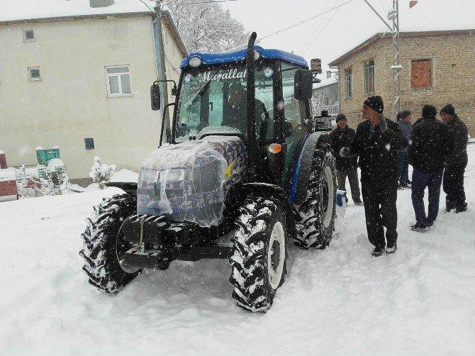 Beyşehir'de dış mahallelerde karla mücadelede yeni dönem