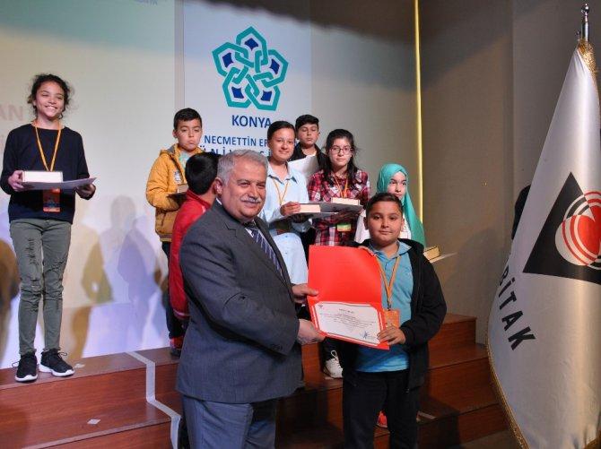 11. Ortaokul Öğrencileri Araştırma Projeleri Konya Bölge Yarışması Ödül Töreni NEÜ'de Yapıldı