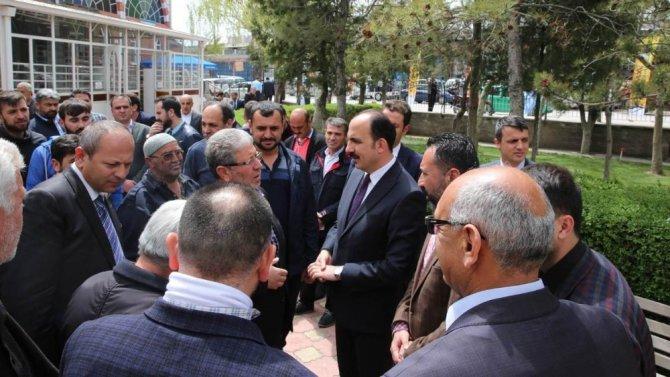 """Başkan Altay: """"Sanayi çalışanı gençlere önem veriyoruz"""""""