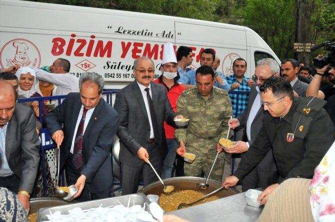 Akşehir Belediyesi geleneksel hıdrellez etkinliği yoğun ilgi gördü