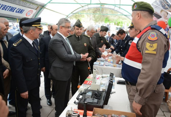Aksaray'da trafik haftası yürüyüşü gerçekleştirildi