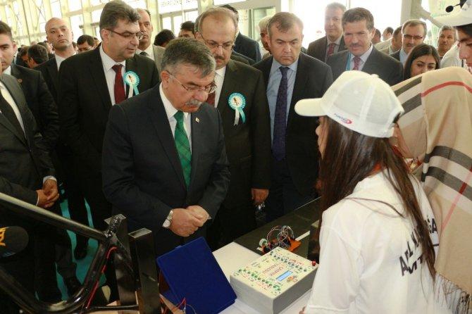 11. Uluslararası MEB Robot Yarışması Konya'da düzenlendi