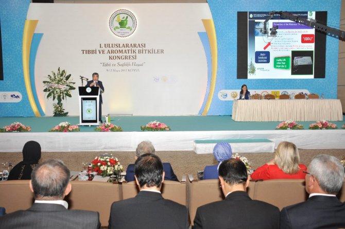 I. Uluslararası Tıbbi ve Aromatik Bitkiler Kongresi devam ediyor