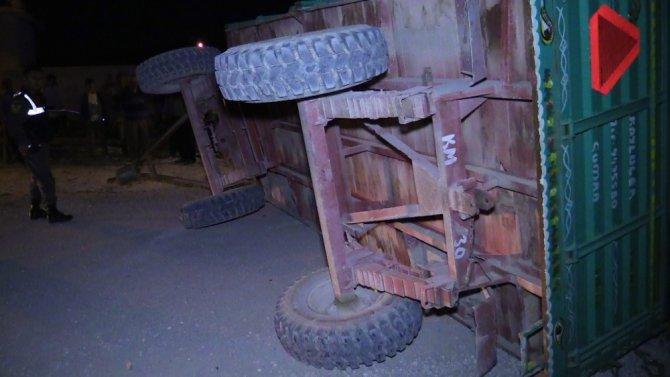 Konya'da tarım işçilerini taşıyan traktör kaza yaptı: 12 yaralı