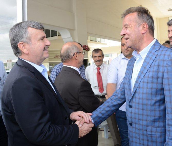 """Akyürek: """"Konya esnafıyla gurur duyuyoruz"""""""