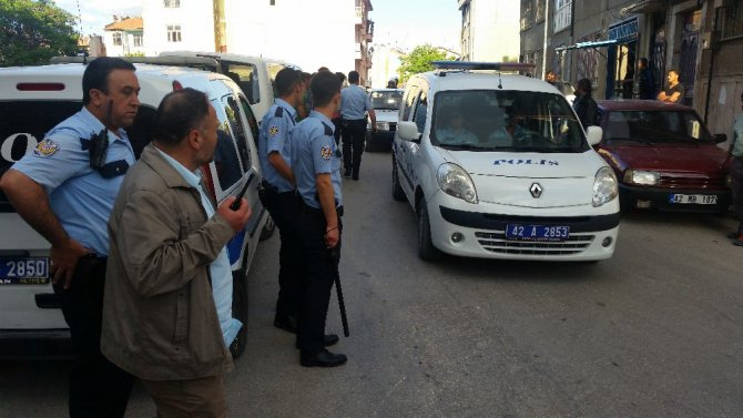 Konya'da iki aile arasında bıçaklı, sopalı kavga: 5 yaralı