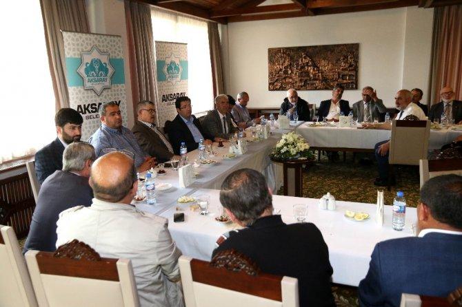 Başkan Yazgı muhtarlarla istişare toplantısı düzenledi