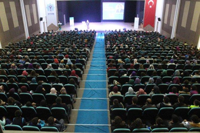 Beyşehir'de 'Sınav Kaygısı ve Motivasyon' konferansı