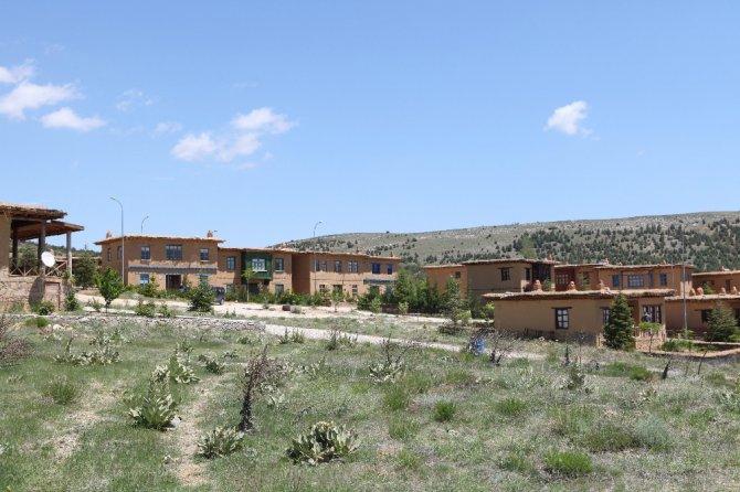 Sonsuz Şükran Köyünde yöresel bitkiler parkı oluşturuluyor