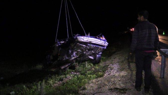 Günü birlik tatil dönüşü kaza: 2 ölü
