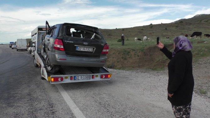 Kavşakta otomobille çarpışan cip takla attı: 1 ölü, 2 yaralı