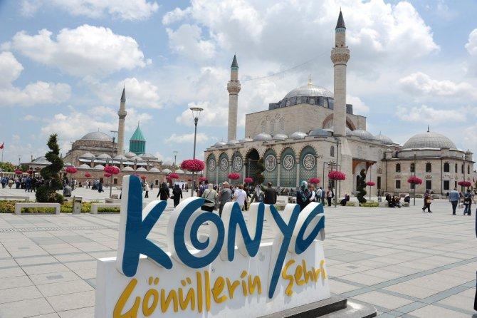 Konya'da tarihi Sultan Selim Cami yeniden ibadete açıldı