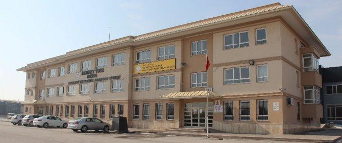 """KSO Başkanı Kütükcü: """"Bu okuldan mezun olan işsiz kalmayacak"""""""