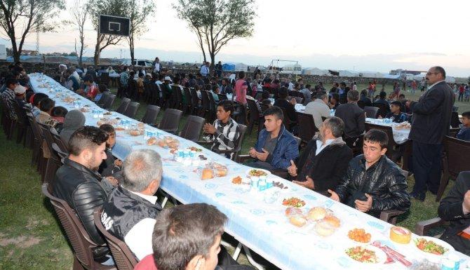 Aksaray'da tarım işçileri iftar sofrasında buluştu