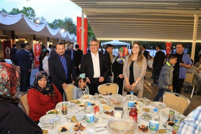 Koruyucu aileler iftar programında buluştu
