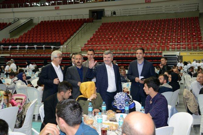 Başkan Akyürek, Esnaf Odalarının üyeleri ile iftarlarda buluşuyor