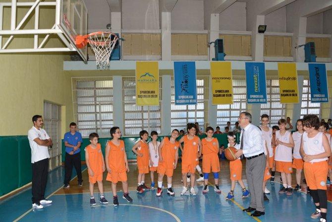 Rektör Şahin'den şampiyon gençlere ziyaret