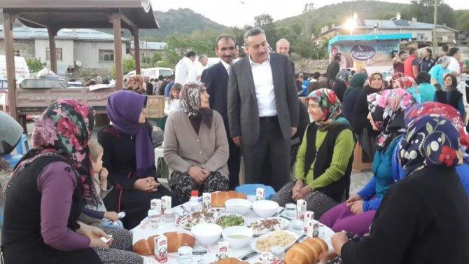 Seydişehir Belediyesinden Mesudiye Mahallesi sakinlerine iftar yemeği
