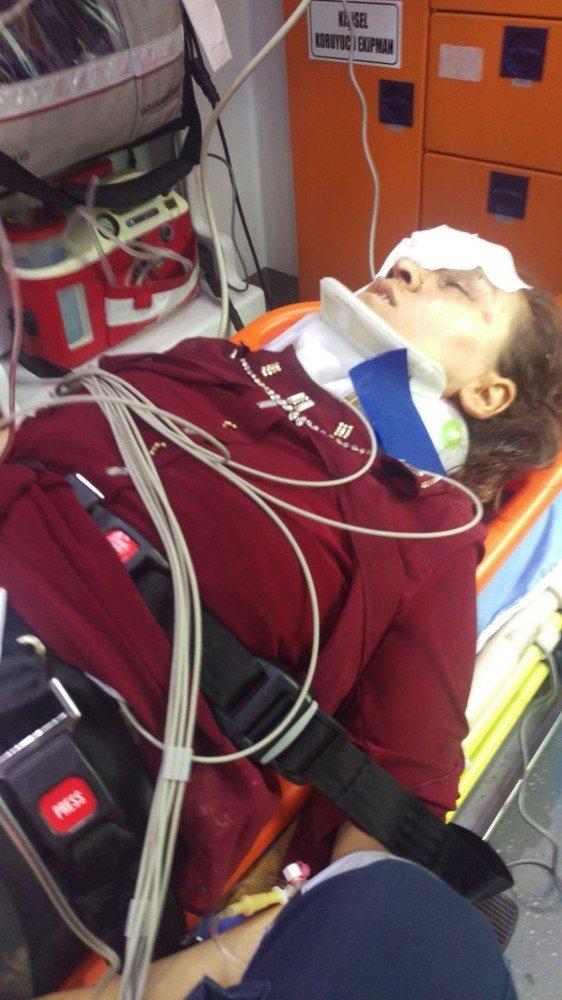 Eski eşini boğazından bıçakla yaralayan kişi tutuklandı