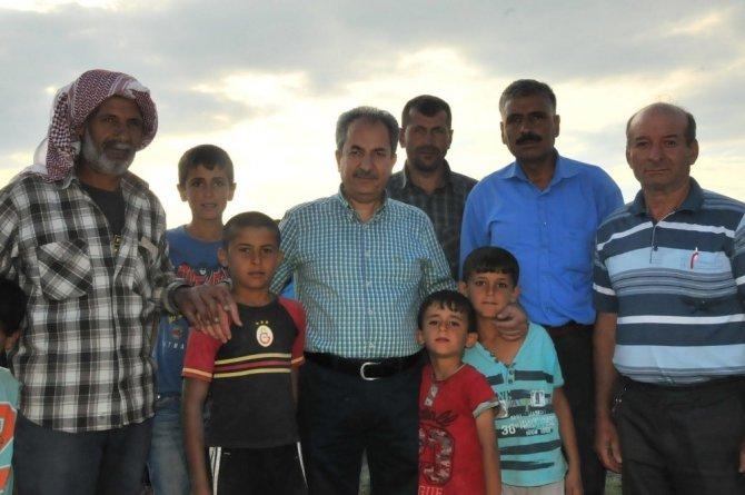 Akşehir Belediyesinden geçici tarım işçilerine erzak yardımı