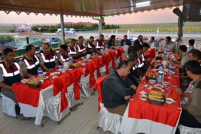 Kulu İlçe Jandarma Komutanlığından iftar programı