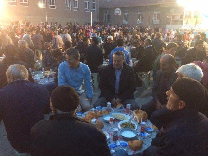 Seydişehir Belediyesi'nden Dikilataş Mahallesi'nde iftar sofrası