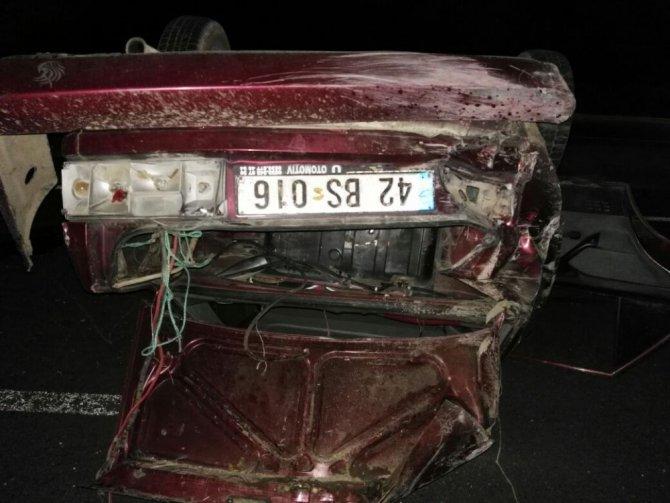 Konya'da otomobil takla attı: 1 ölü, 1 yaralı