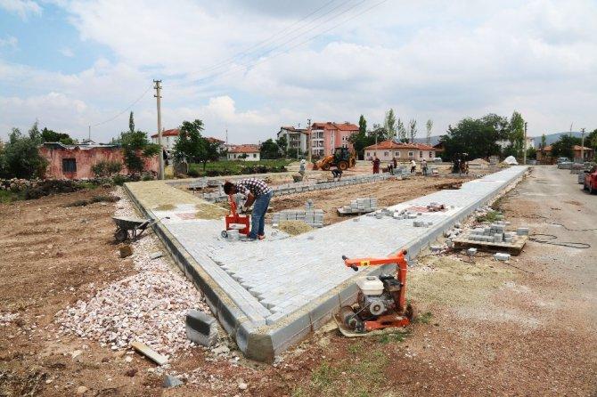 Aksaray'da mahallelere yeni park yapılıyor