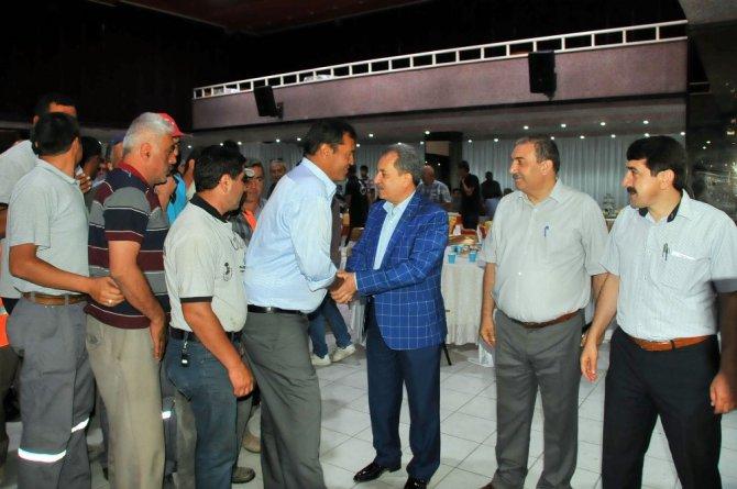 Başkan Akkaya belediye personeliyle bayramlaştı